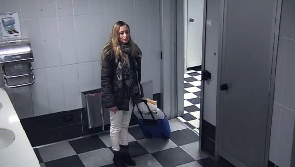 מתיחה בשירותים 2