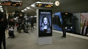 שלט בתחנת רכבת
