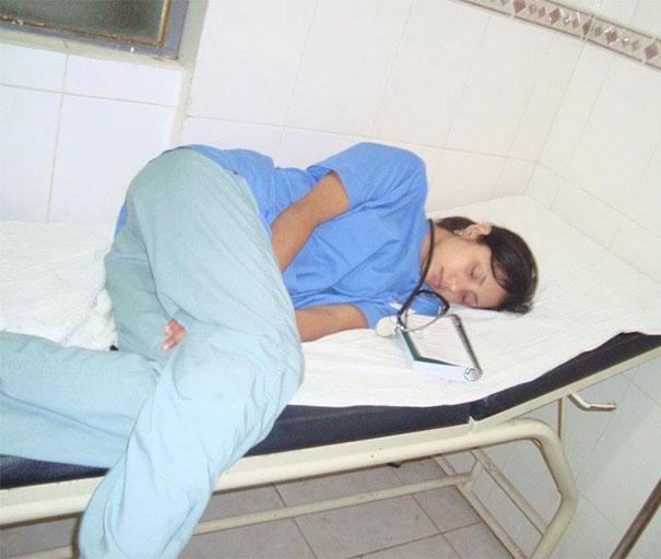 רופאים ישנים 21