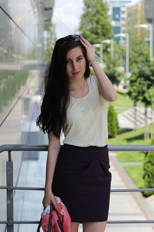 אלבינה 4