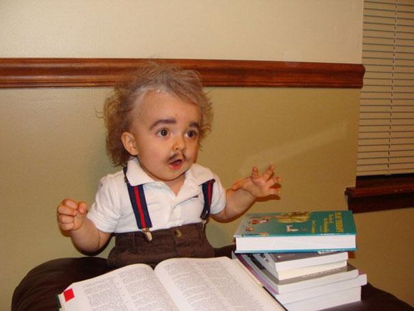 תחפושות לפורים - ילדים - אלברט איינשטיין