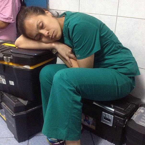 רופאים ישנים 11