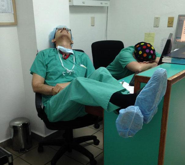 רופאים ישנים 13
